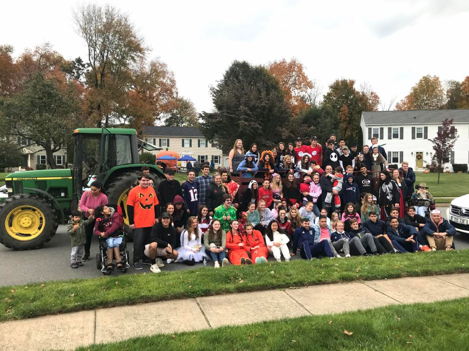 Photo courtesy of Peg Anthony – It was a record-breaking turnout for the annual Best Buddies Halloween Party on Oct. 20, as more than 80 club members and friends turned out for some spooky fun.