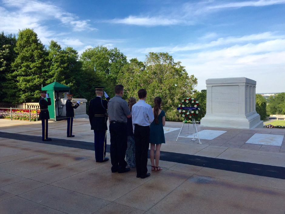Photo courtesy of Dodd Middle School – Dodd Middle School eighth grade students present a wreath at the Tomb of the Unknown Soldier in Washington D.C. during a recent trip.