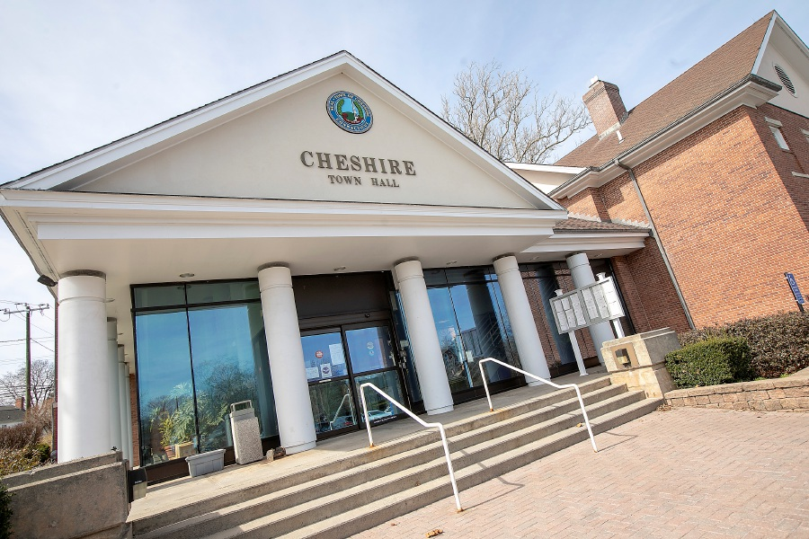 Cheshire Town Hall, Mon., Mar. 16, 2020. As of Monday, Cheshire Town Hall will operate by appointment for essential services only. Dave Zajac, Record-Journal