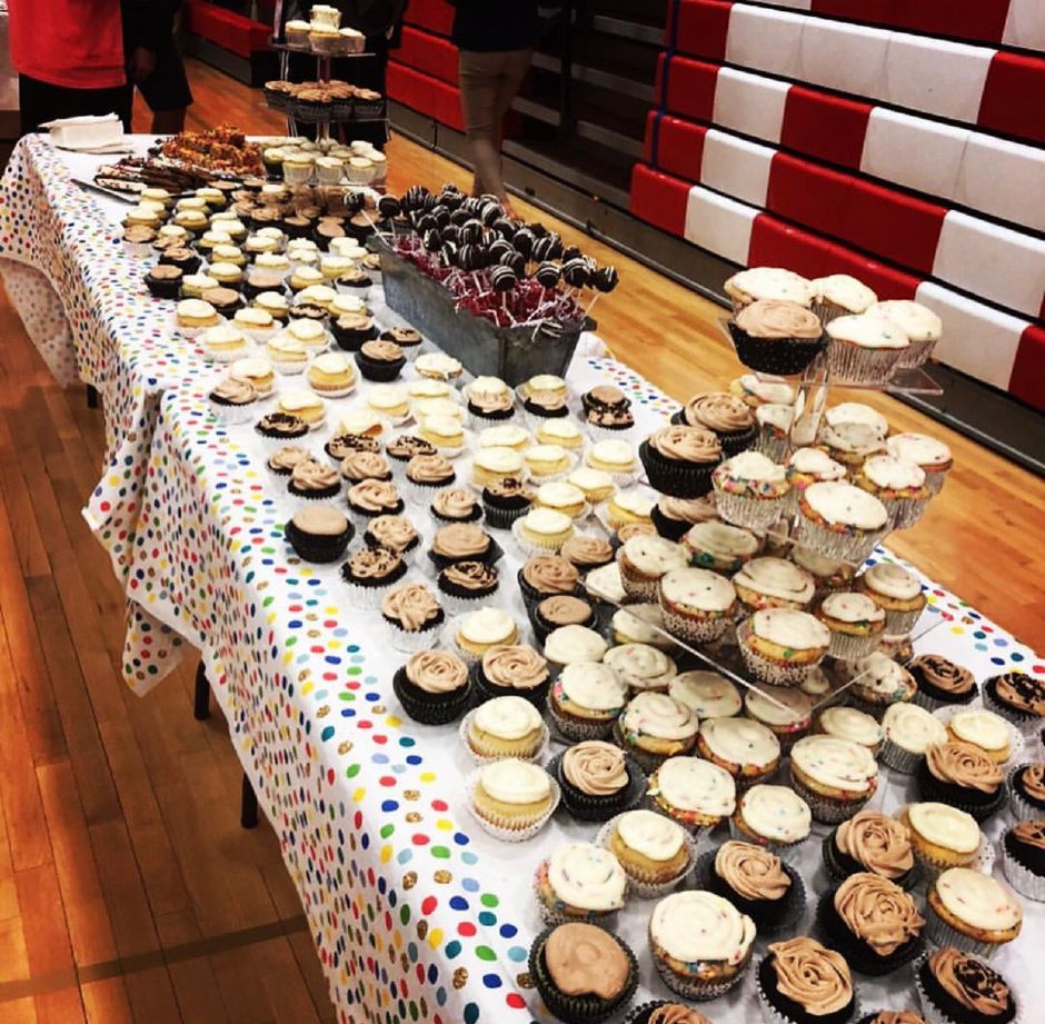 Food-service students prepared desserts for the 2019 Ryan T. Lee Memorial Foundation Excellence in Leadership Conference at CHS. Photo courtesy of Eileen Wildermann.